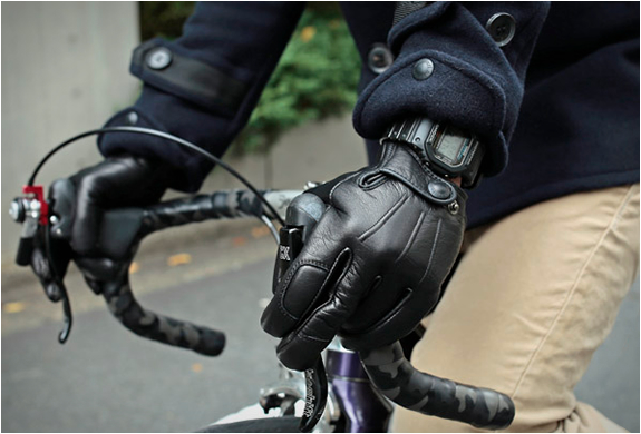 Leather Bike Gloves | By Narifari | Image