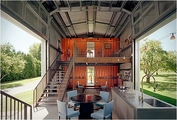 CONTAINER HOUSES | BY ADAM KALKIN | Image