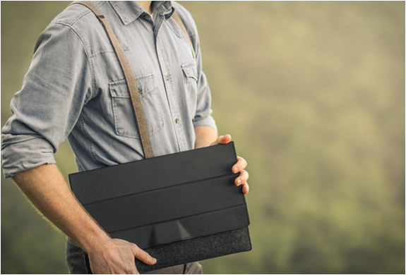 aecraft-peak-macbook-cover-5.jpg | Image