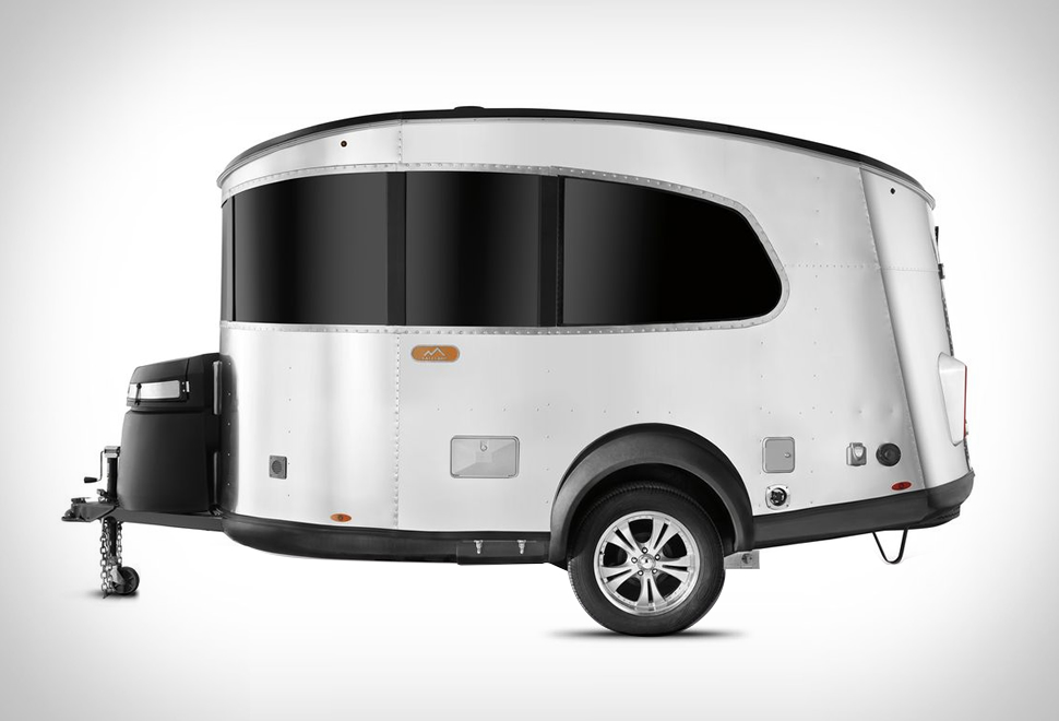 AIRSTREAM BASECAMP TRAILER | Image