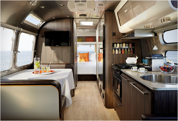 aka-luxury-mobile-suite-3.jpg | Image