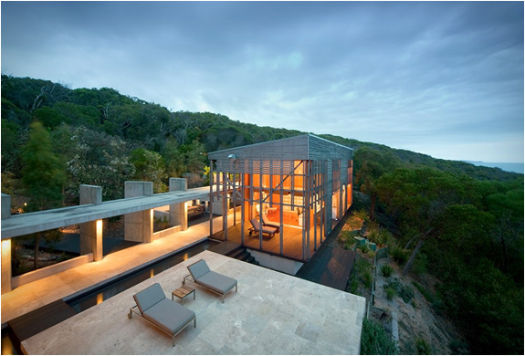 ALINGHI RESIDENCE | BY GROSE BRADLEY ARCHITECTS | Image