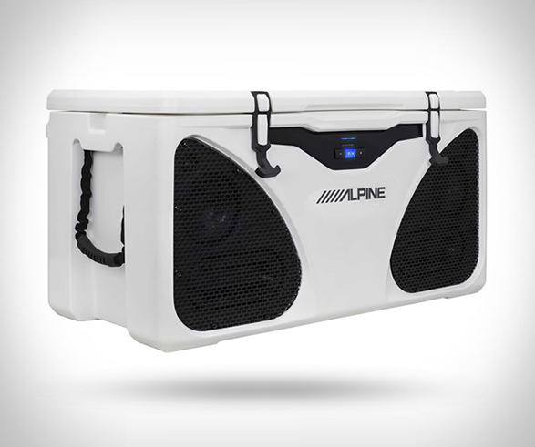 alpine-ice-cooler-entertainment-system-2.jpg | Image