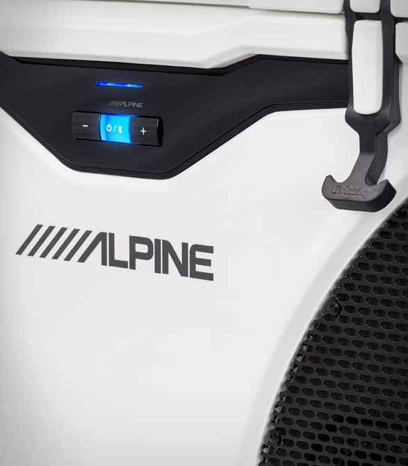 alpine-ice-cooler-entertainment-system-3.jpg | Image