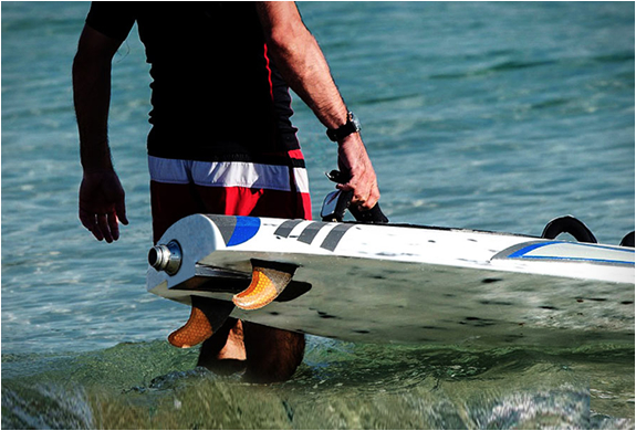 aquila-electric-surfboards-3.jpg | Image