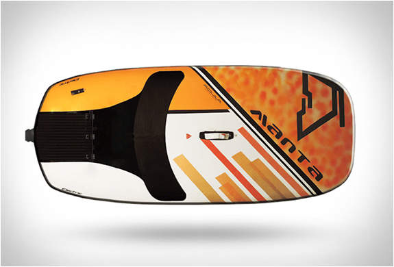 aquila-electric-surfboards-8.jpg