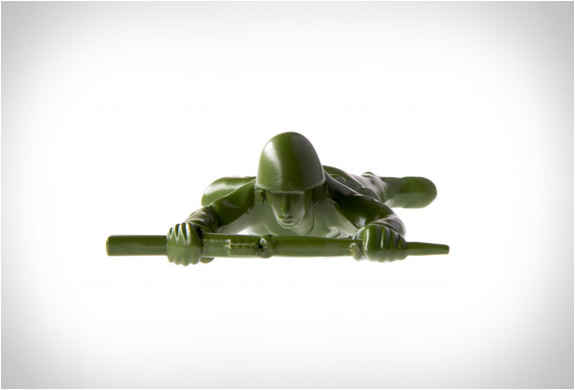 army-man-bottle-opener-5.jpg