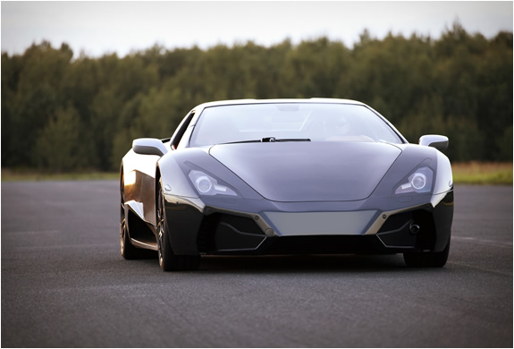 arrinera-supercar-2.jpg