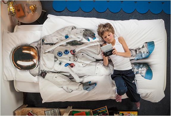astronaut-duvet-cover-3.jpg