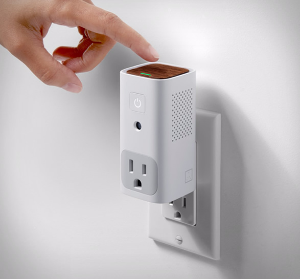 awair-glow-smart-outlet-3.jpg | Image
