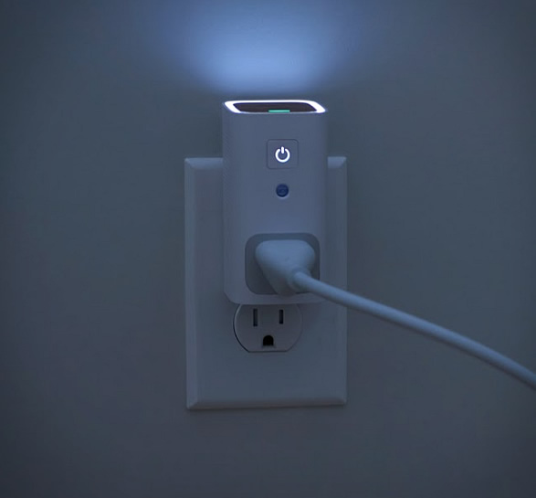 awair-glow-smart-outlet-4.jpg | Image