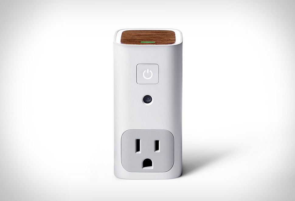 AWAIR GLOW SMART OUTLET | Image