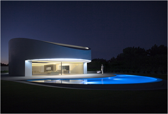 Balint House | By Fran Silvestre Architects | Image