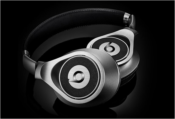 Beats Executive Headphones | Image