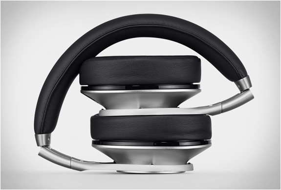 beats-executive-overear-headphones-5.jpg | Image