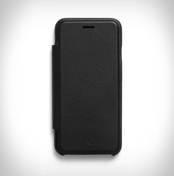 bellroy-phone-wallet-4.jpg | Image
