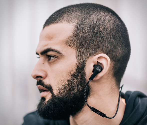 beoplay-h5-earphones-6.jpg