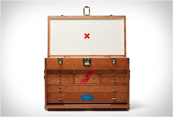 41d Gerstner Chest | By Best Made | Image