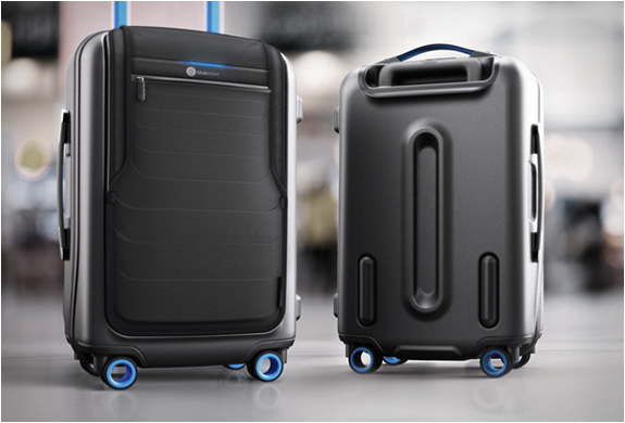 bluesmart-smart-carry-on-2.jpg | Image