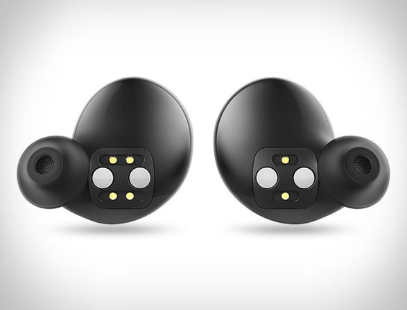 bragi-wireless-earphones-2.jpg | Image