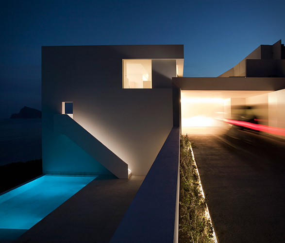 cliff-house-fran-silvestre-arquitectos-4.jpg | Image