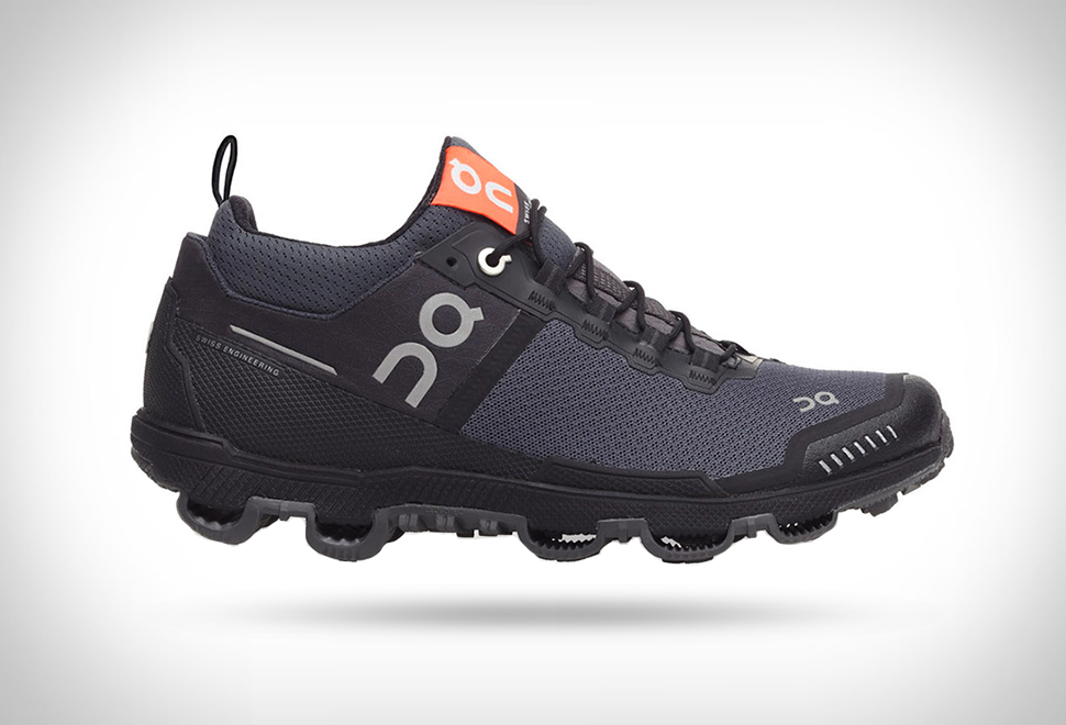 CLOUDVENTURE RUNNING SHOES | Image