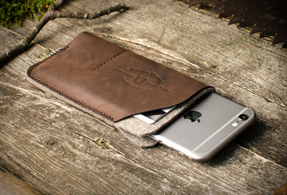 CRAZY HORSE LEATHER ACCESSORIES | Image