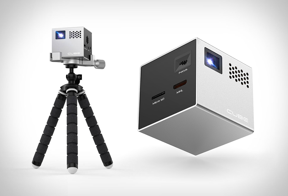 CUBE MOBILE PROJECTOR | Image
