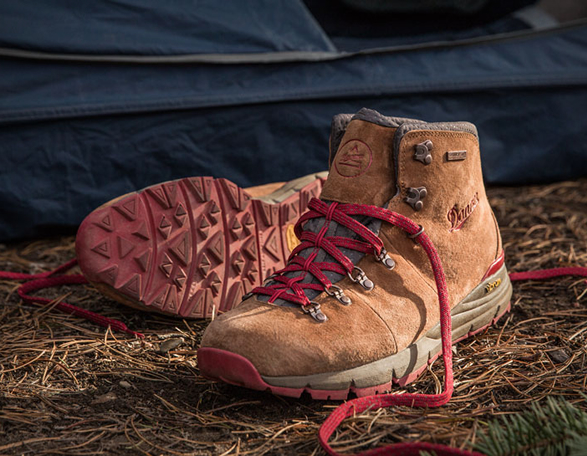 danner-mountain-600-2.jpg | Image