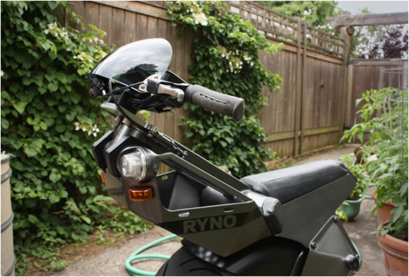 descricao_ryno_motors_scooter_3.jpg | Image