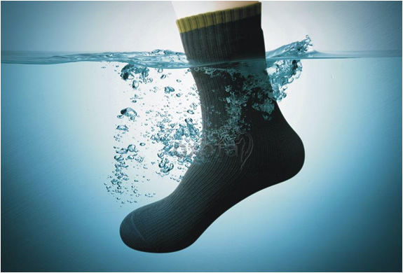 dexshell-waterproof-socks-4.jpg | Image