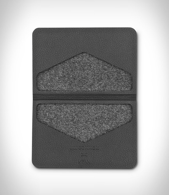 discommon-thermoformed-card-wallet-3.jpg | Image