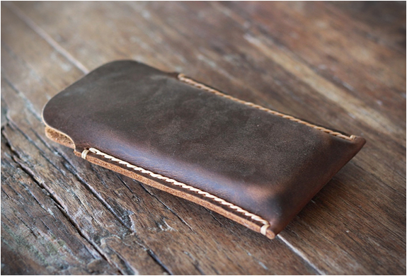 distressed-leather-iphone-5-case-2.jpg | Image