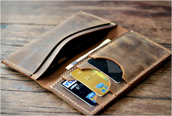 distressed-leather-iphone-wallet-2.jpg | Image