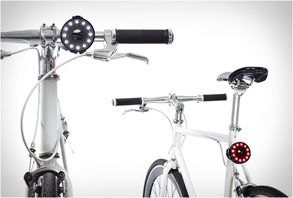 DOUBLE O BIKE LIGHT | Image