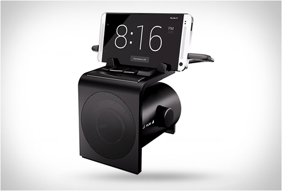 DREAMER ALARM CLOCK & SPEAKER DOCK | Image