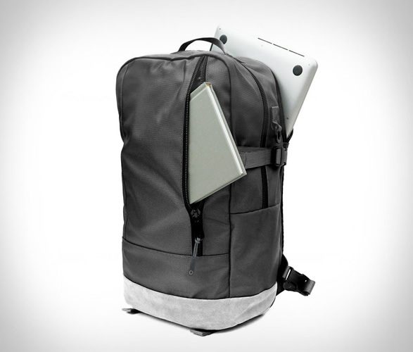 dsptch-daypack-special-edition-4.jpg | Image
