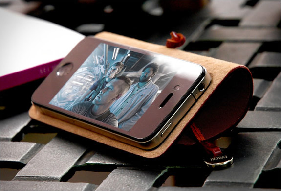 Iphone Leather Arc Cover | By Evouni | Image
