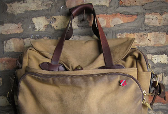 filson-padded-laptop-bag-3.jpg | Image