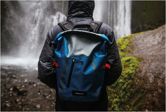 FINISTERRE WATERPROOF BAGS | Image
