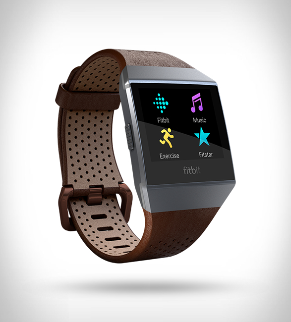 fitbit-iconic-smartwatch-6.jpg