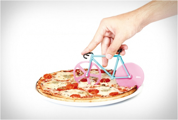 Fixie pizza cutter 4