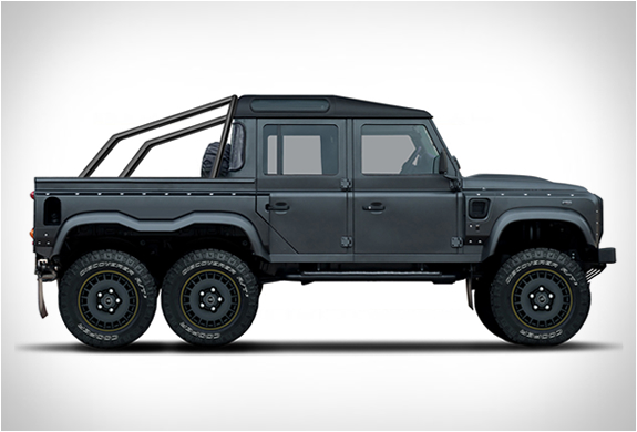 FLYING HUNTSMAN | BY KAHN DESIGN | Image