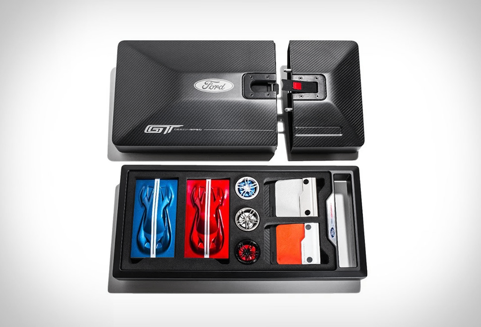 Ford GT Ordering Kit | Image