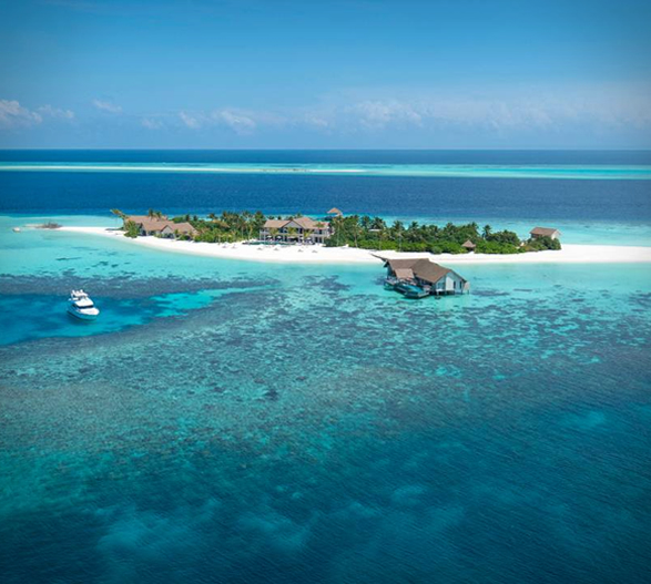 four-seasons-private-island-maldives-10.jpg