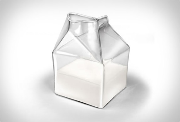 fred-and-friends-glass-milk-carton-4.jpg