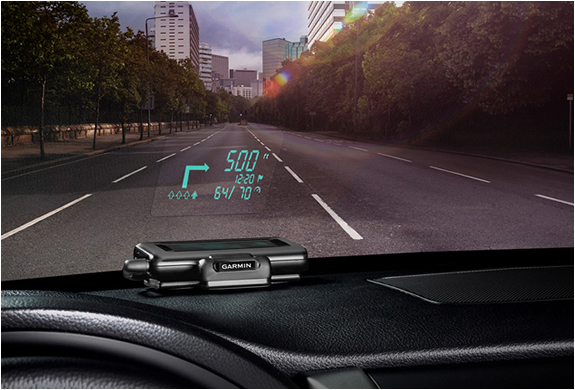 HEAD-UP DISPLAY | BY GARMIN | Image