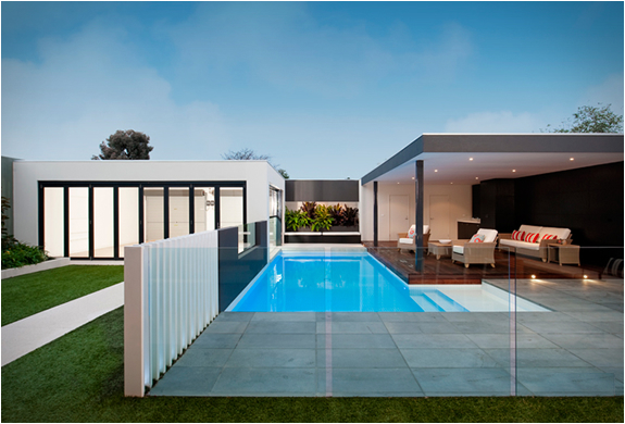 Geelong house melbourne by oftb for Pool design geelong