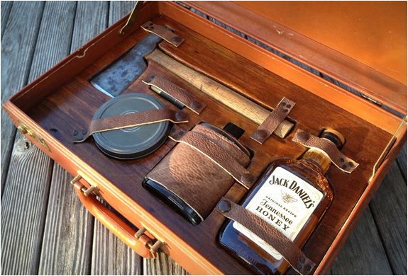 GENTLEMANS SURVIVAL KIT | Image