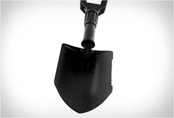 gerber-folding-shovel-4.jpg